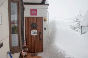 雪でスッポリ